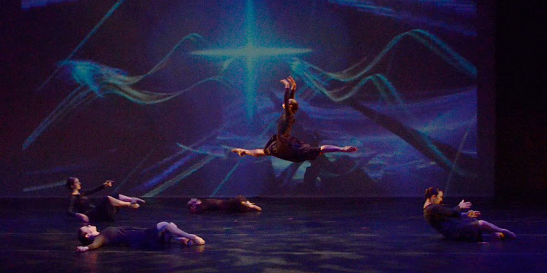 la live dance concert essay The treasured traditions of louisiana music by ben sandmel it is no exaggeration to say that louisiana is one of america's richest sources of traditional ethnic musiclouisiana has produced many important musical styles and.