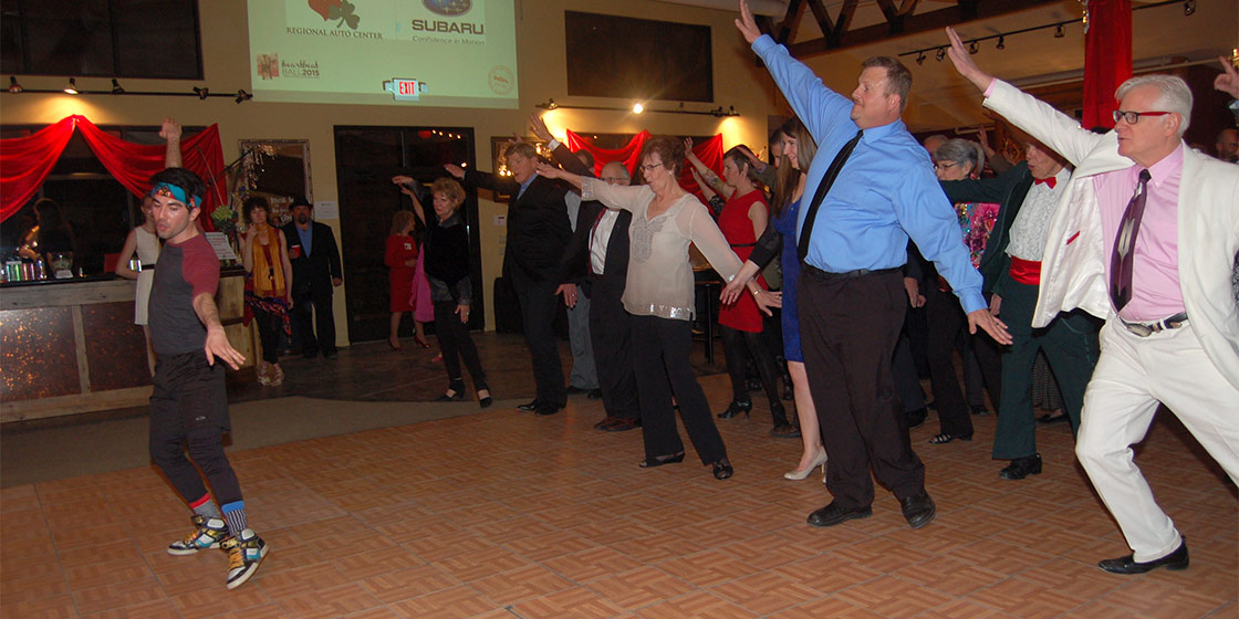 Thingamajig Theatre Company Sweeps Along The Dance Floor